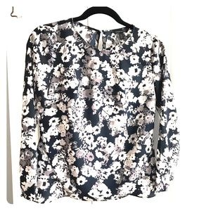 Banana Republic flower print blouse